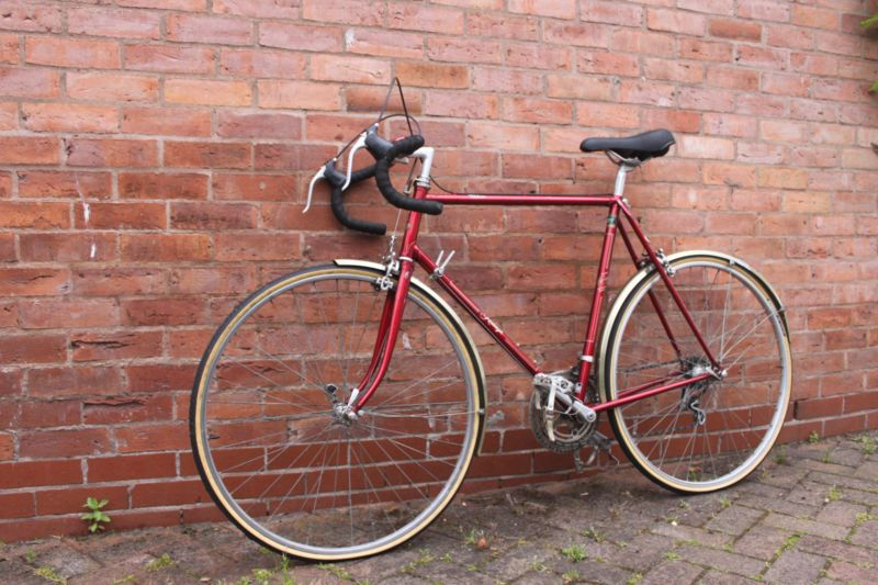 Beautiful Raleigh Clubman With Reynolds 531 Tubing Bicycle