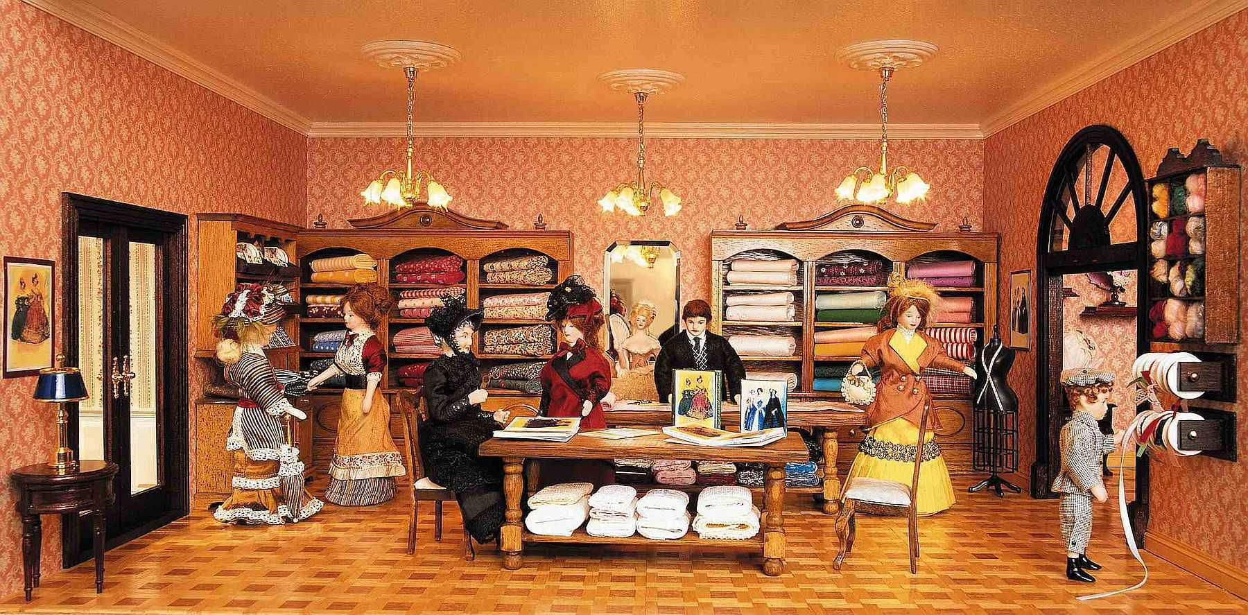 Cloth And Fabric Shop Miniature Room Boxes Pinterest Fabric Shop Fabrics And Miniatures