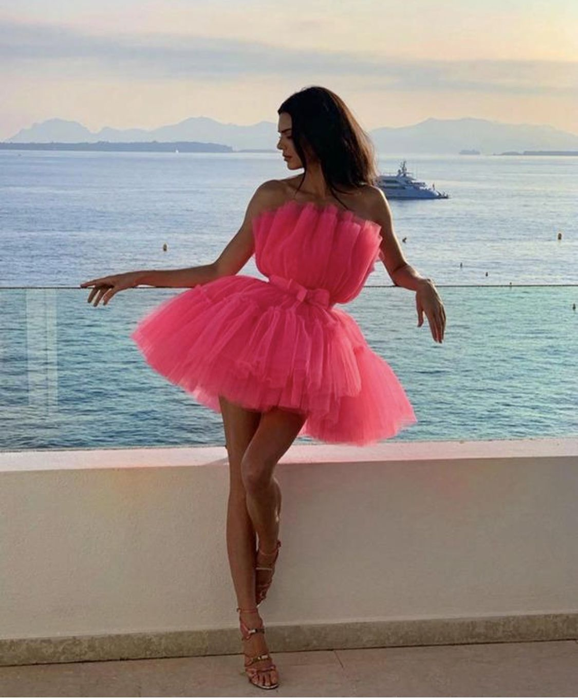 Pin By Anna Morris On Pozy Dresses Jenner Outfits Fashion