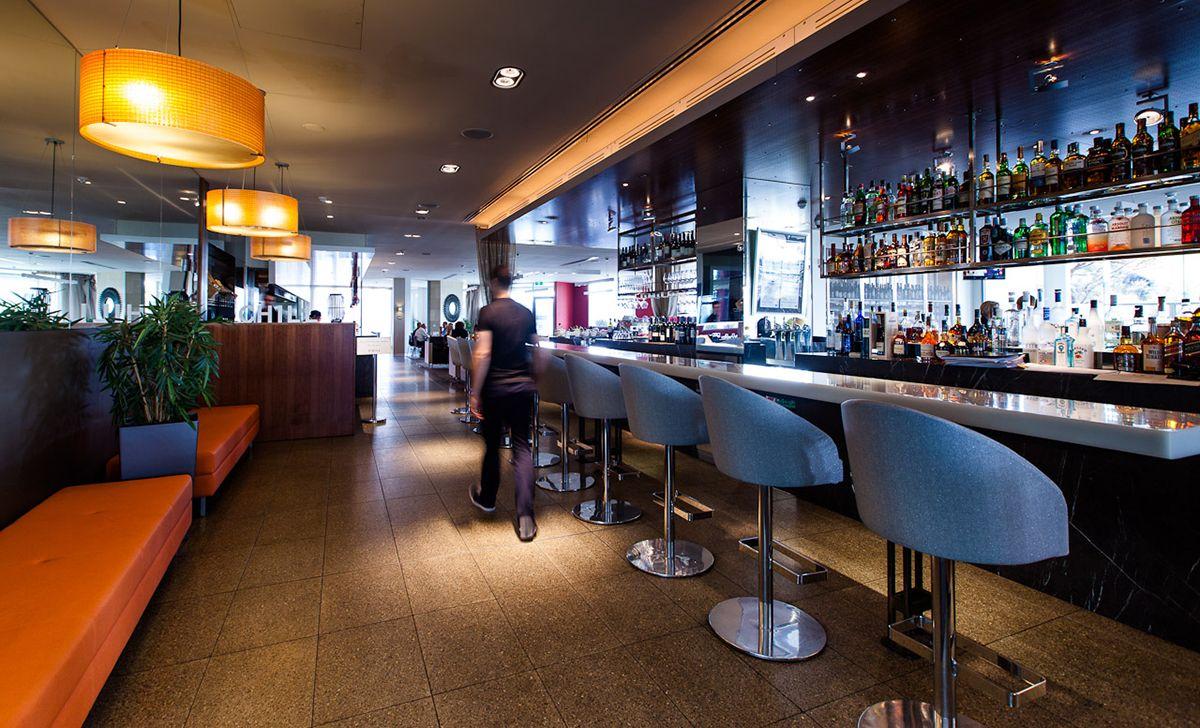 Melbourne bar   Bar set-up