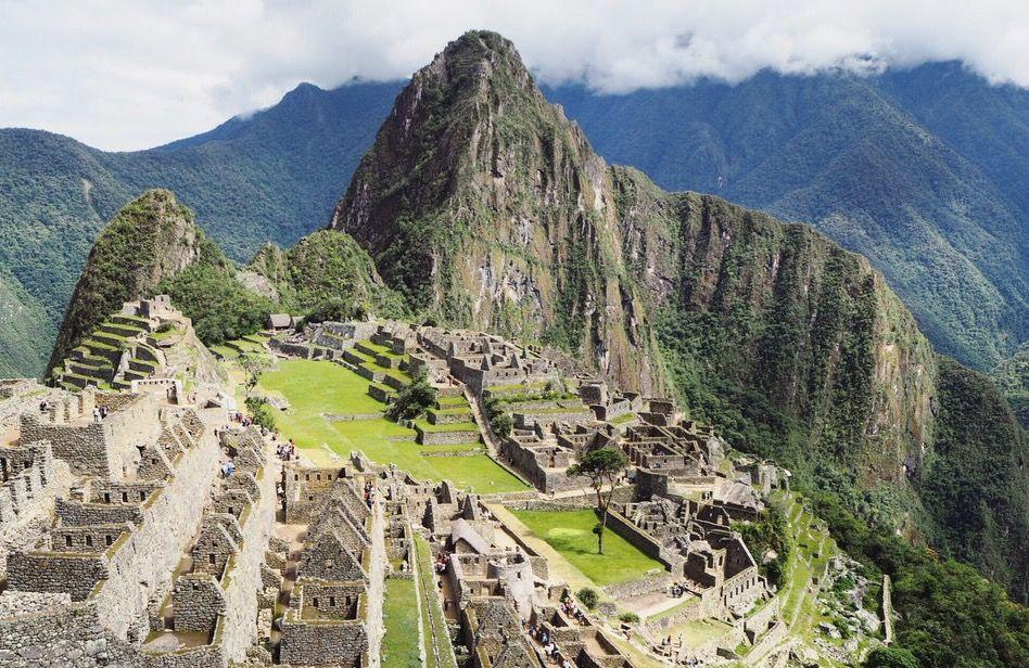 Machu Picchu Poblado Inca Anterior Al S Xv Usado Como Palacio Y Como Santuario Religioso Obra Maestra De La Arqu Machu Picchu Arquitectura Incaica Paisajes