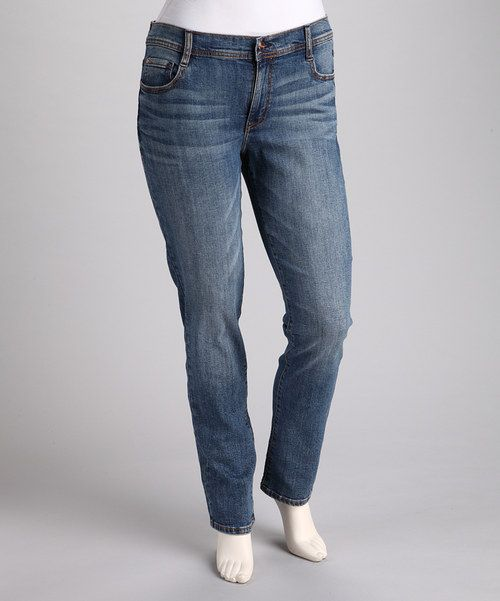 A classic lady with an eye for never-ending trends? Try these vintage wash jeans, whose straight-leg cut and casual-cool vibe won't go out of style.Measurements (size 1X): 32'' inseam98% cotton / 2% spandexMachine wash; tumble dryImported
