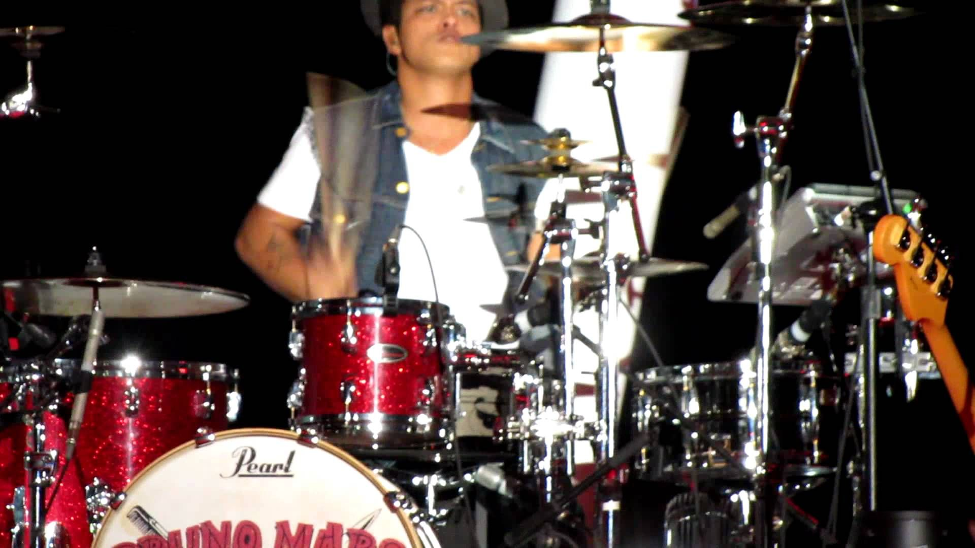 Bruno Mars Playing The Drums Bruno Mars Bruno Mars