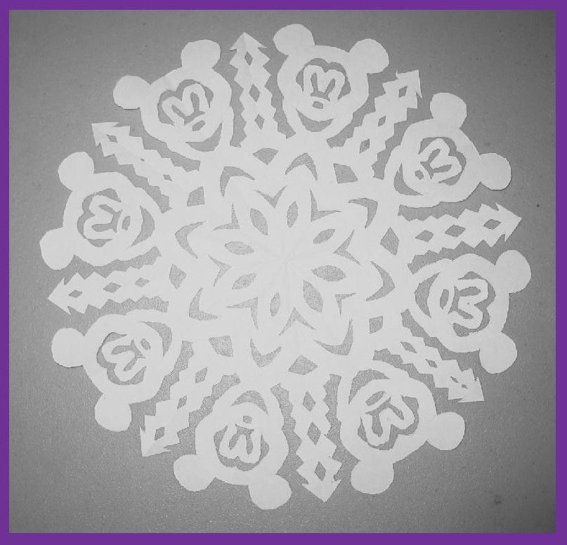 Mickey Mouse Snowflake Mickey Mouse Crafts Mickey Mouse Christmas Disney Scrapbook