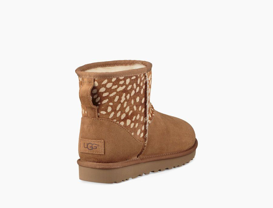 e9a132eb916 Women's Share this product Classic Mini Idyllwild Boot | My Buys ...