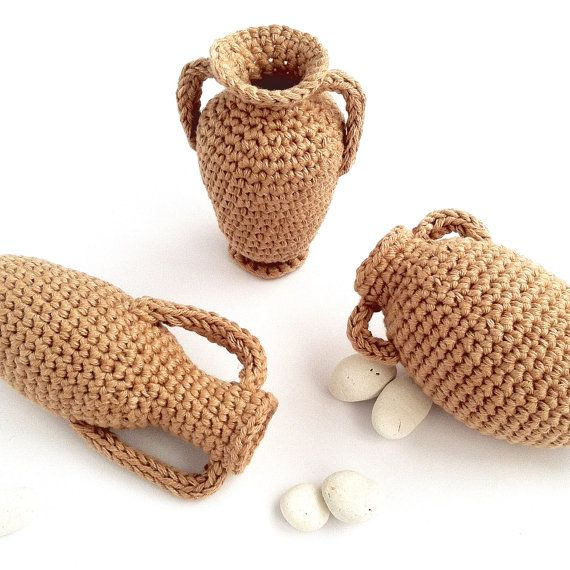Greek Amphora Crochet Pattern / Crochet Vase by LittleConkers ...