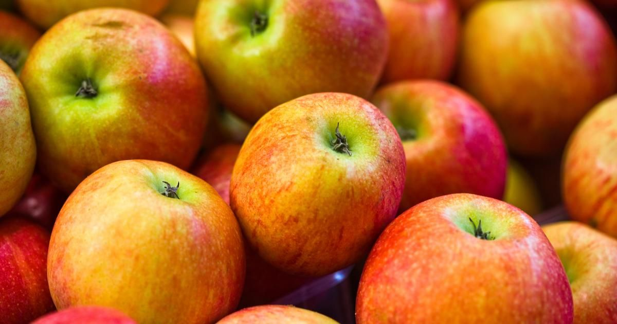 How to remove wax from apples