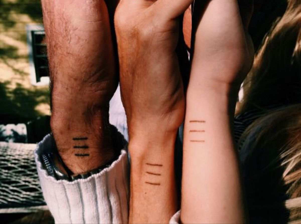 Three Lines Tattoo In 2020 Sibling Tattoos Matching Sister Tattoos Line Tattoos