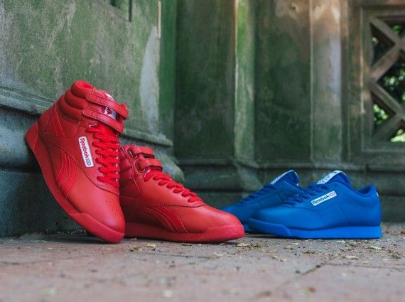 official photos 4288f f8c3e Llevo este en el  Reebok Classics has struck again! This time, its the  ladies that are treated to