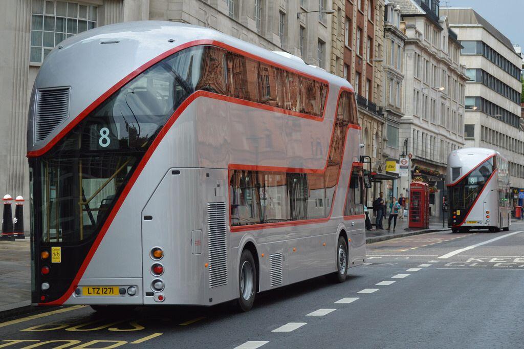 8276f8d3f10b Stagecoach London LT 256 (LTZ 1256) + LT 271 (LTZ 1271)