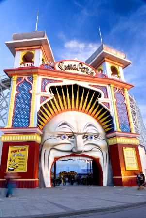 The famous Luna Park Face and Towers