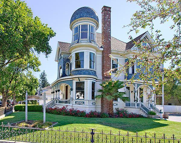 1475 Fourth Street in Napa, California Mansions, San
