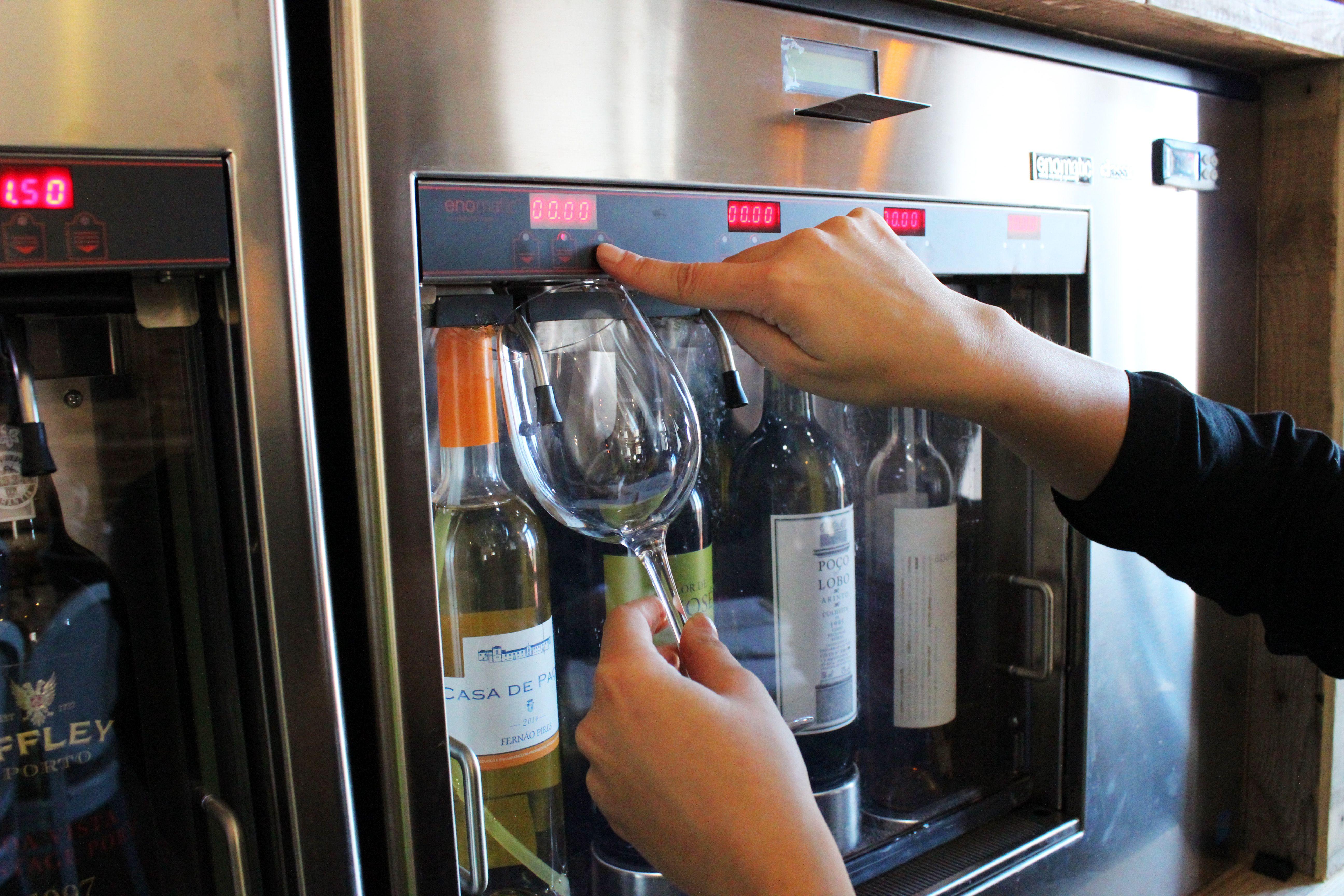SelfService Wine Machine Tágide Wine & Tapas Bar
