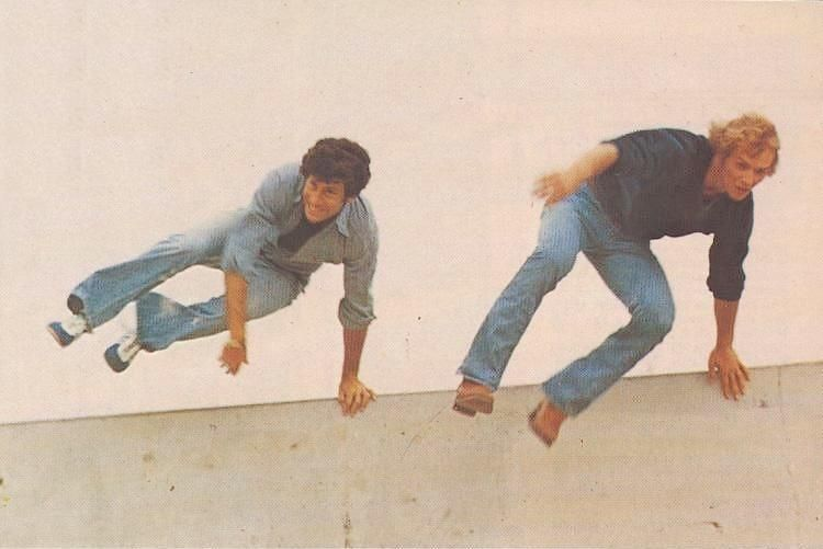 Starsky & Hutch (Paul Michael Glaser & David Soul) (saut/jump)