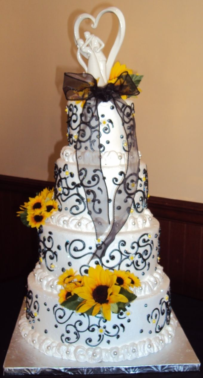 Ttiny white daisies with yellow centers silver dragees a sheer