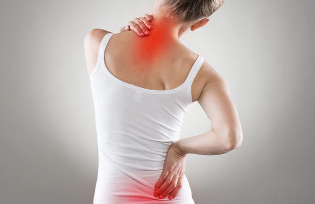 Najčastejšou príčinou chronickej bolesti býva zápal. Ten sa lieči rôznymi metódami, od tabletiek až po špeciálne cviky a masáže. Pri liečbe vám ale môžu pomôcť aj účinné protizápalové potraviny. Poznáte ich?
