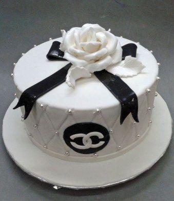 Best Custom Made Birthday Cakes Near Me