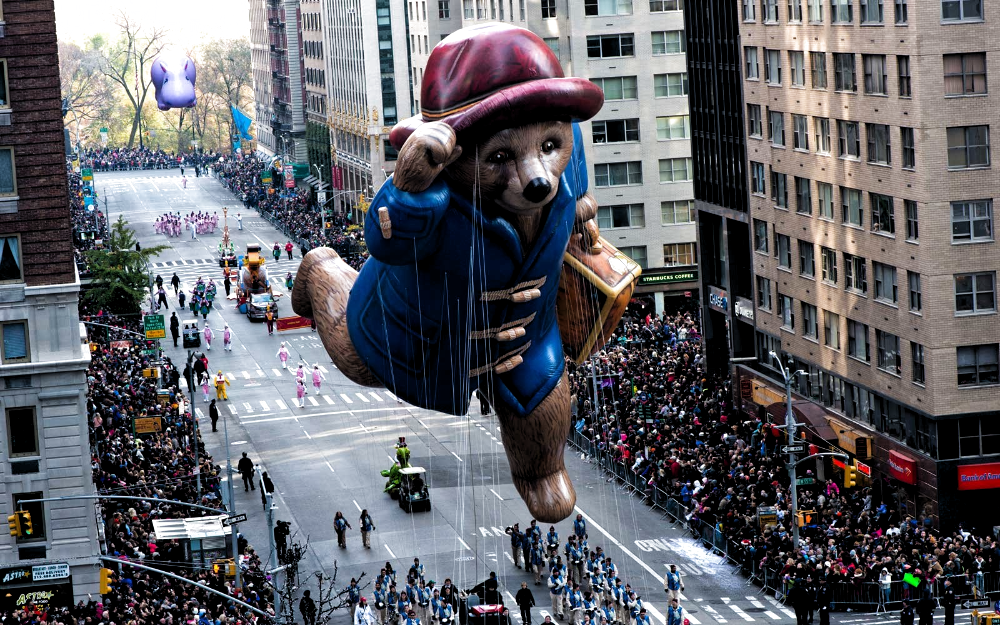 These New York City Hotels Are Right Along The Parade Route On Thanksgivi In 2020 Macy S Thanksgiving Day Parade Macy S Thanksgiving Day Parade Thanksgiving Day Parade
