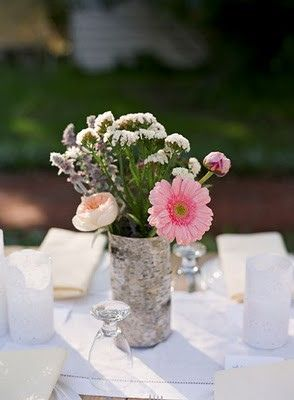 Flower Centerpiece #Decor #Decorate #Decorations #Party #Parties #PartyDecor #Flowers #Centerpieces