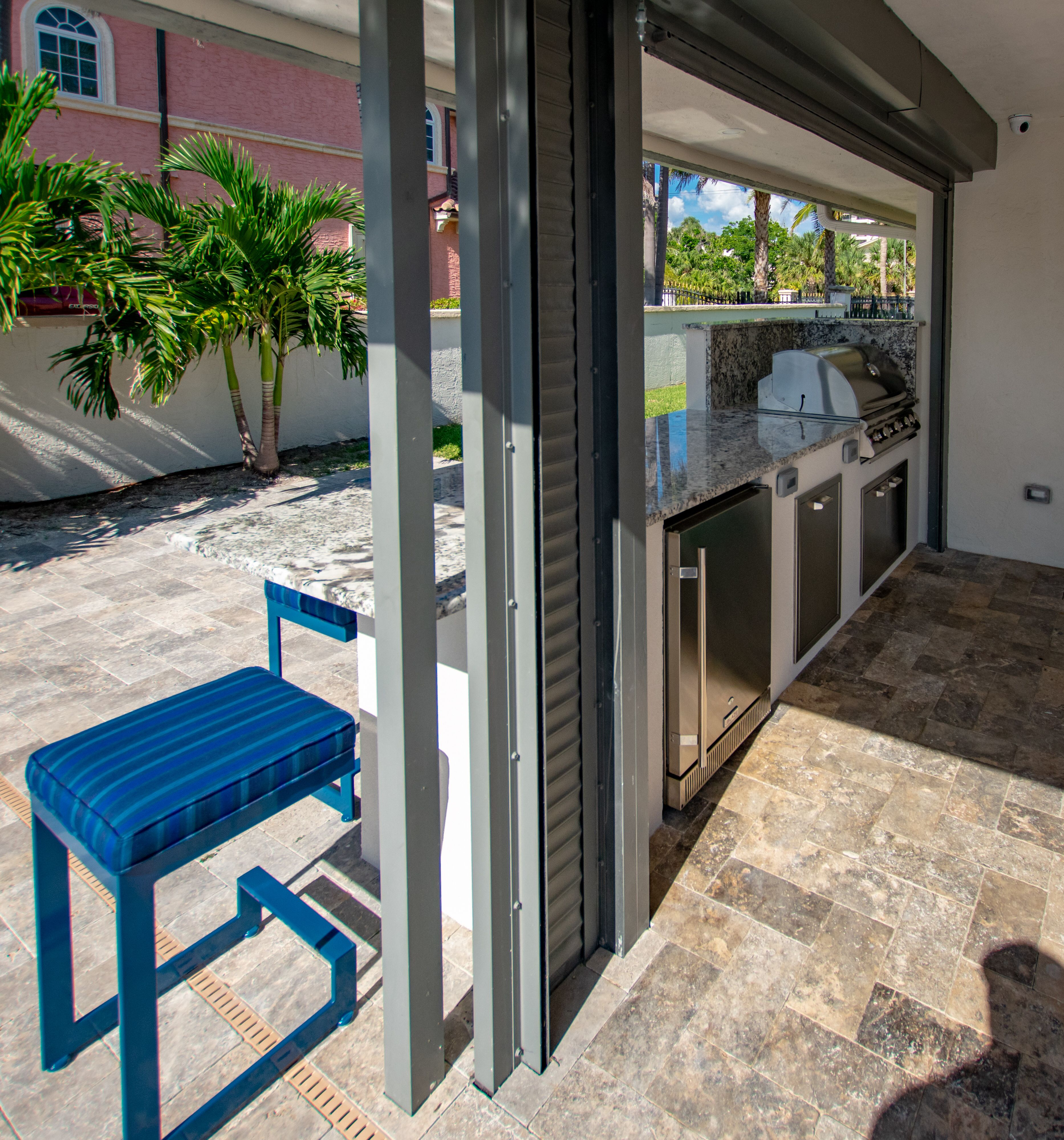 We Re Ready For The Weekend To Get Here Fischmanoutdoorkitchens Palmbeachgrillcleaner Outdoorentertainment Outd With Images Outdoor Kitchen Outdoor Appliances Outdoor