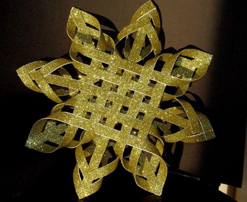 Ak chcete mať tento rok výnimočný vianočný stromček, vyrobte si túto originálnu vianočnú hviezdu
