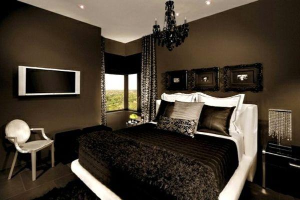 tapeten-farben-ideen-kleines-schlafzimmer-mit-braunen-wänden THE