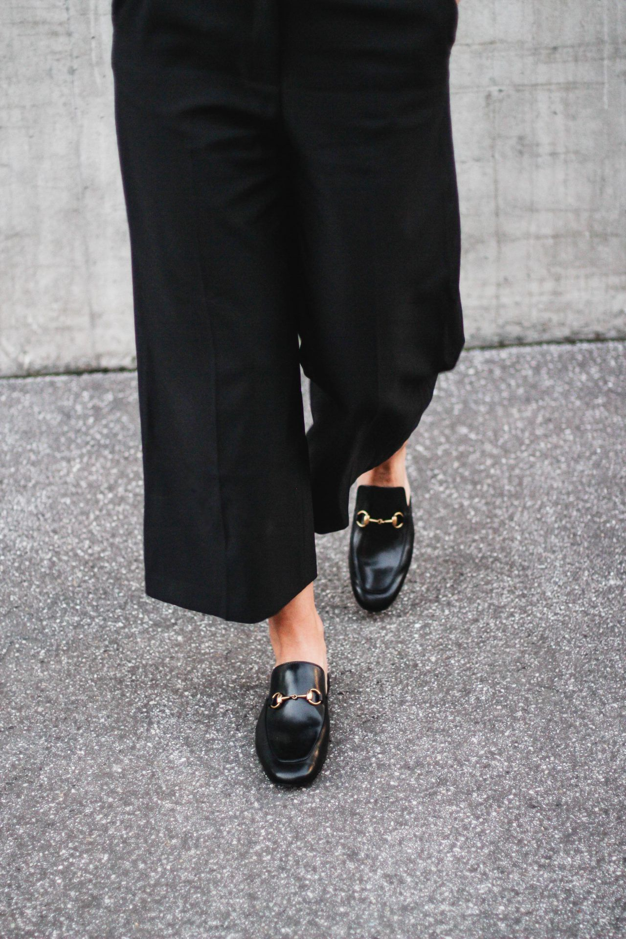 tifmys – Zara culottes & Gucci Princetown slippers.