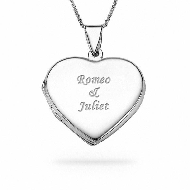 be712814cf2cf Collar de Plata 925 con un medallón relicario en forma de corazón y  personalizado con dos nombres grabados.