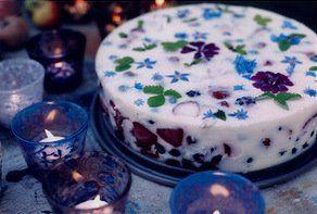 "©Gosha Nagashima, my ""evening raga"" cake + garden flowers... / Goshaglass, hand painted glasses"