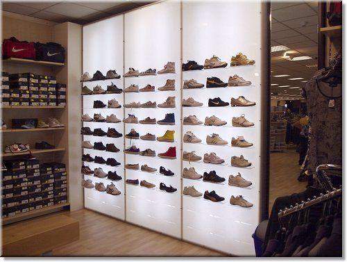 mobili per arredamento negozi d'abbigliamento
