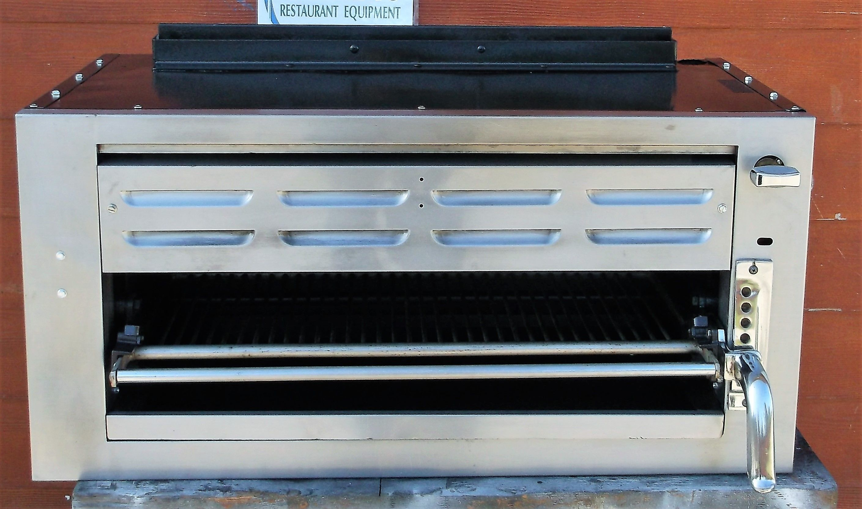 $650.00 Merco Heated Cnt/top Display Case #1220-2P Reconditioned ...