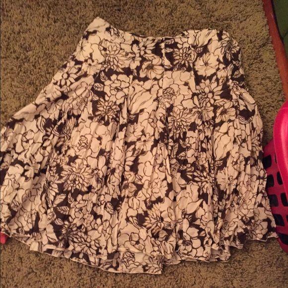 Ann Taylor Skirt Brown white flowered skirt Ann Taylor Skirts Midi