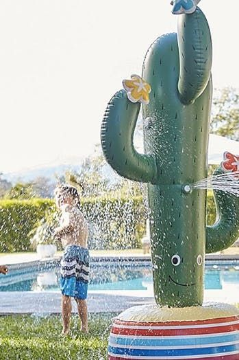This Giant Dinosaur Sprinkler Is About To Win You Mom Of