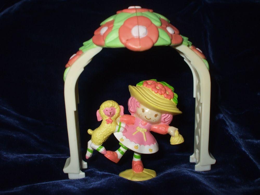 "Vintage Strawberry Shortcake PVC 2/"" mini Cherry Cuddler Rocking Horse red hat"