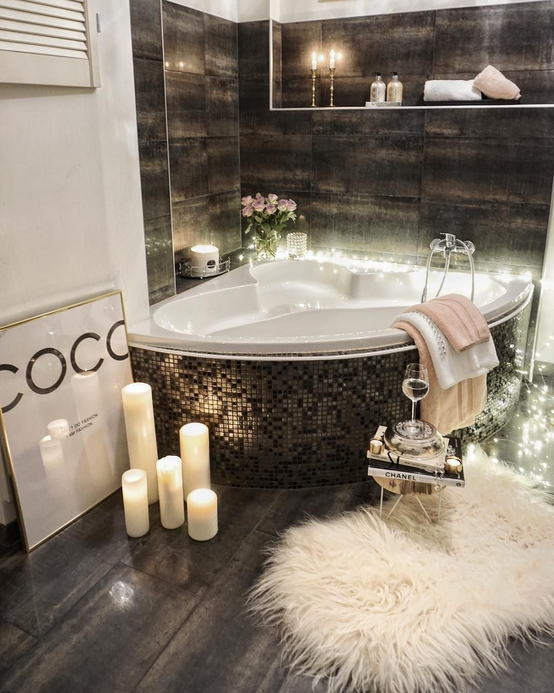 show design of a bathtub. If you are confused what kind of shower room design suits your  Below can select trend Inspiration that will 7 648 Likes 228 Comments Easyinterieur easyinterieur on