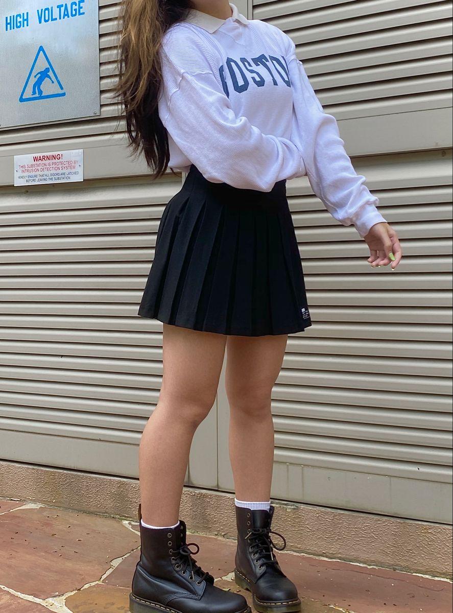 #blackskirt #skirtaesthetic #docmartensoutfit #skirtoutfit