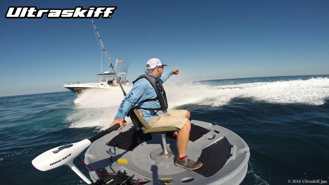 Ryan doing the ultraskiff boat flip to land a nice 3 lber