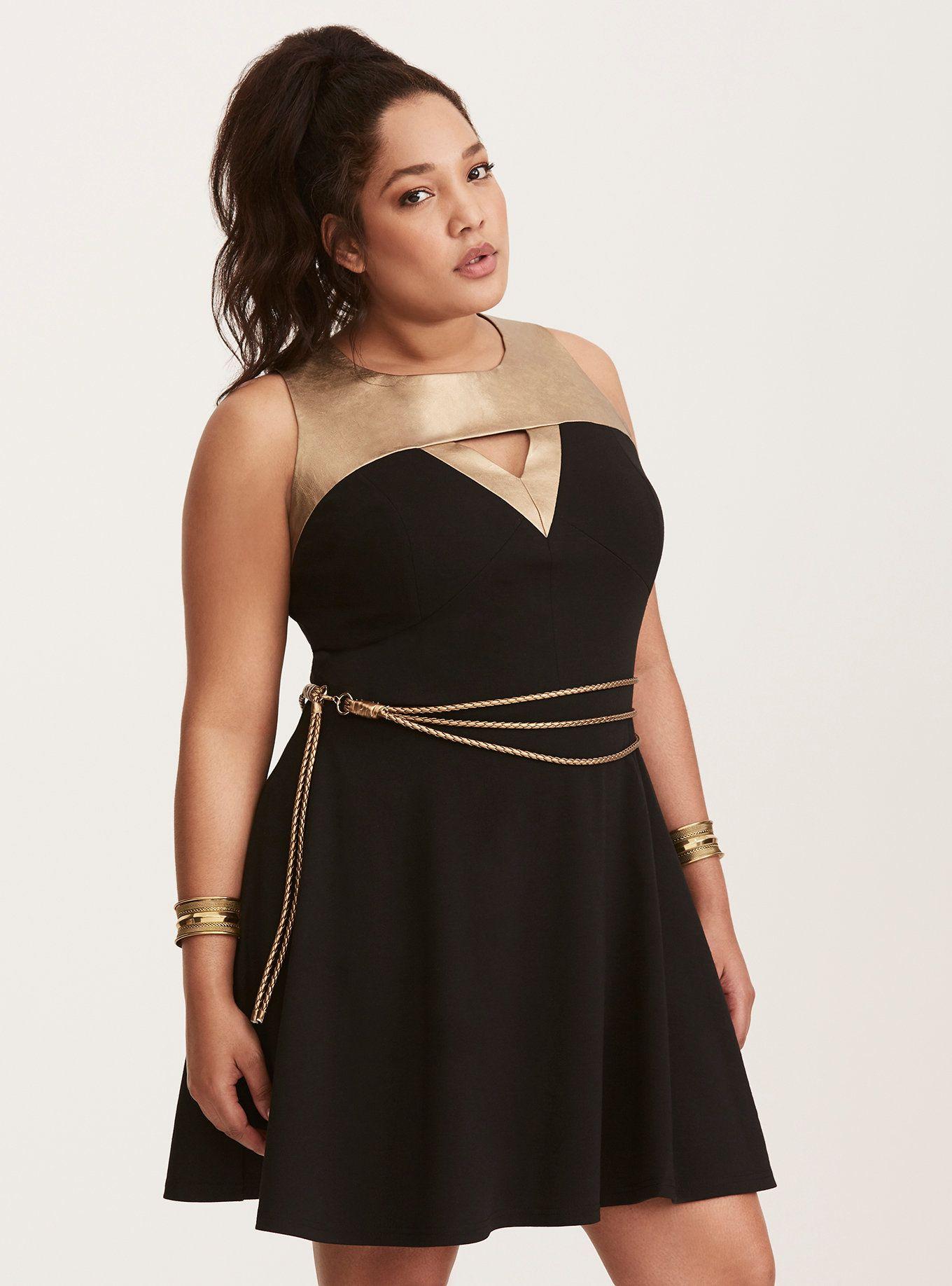 Dress size 24 torrid dress 24 torrid black and white draped v neck - Her Universe Wonder Woman Lasso Skater Dress Torrid
