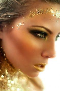 Gold Goddess Makeup Halloween Halloweenmakeup Goddess Makeup Gold Makeup Makeup Inspiration