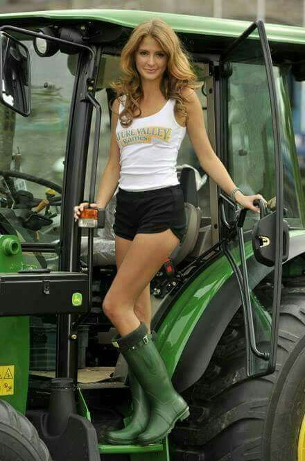 Pin On Tractors-9930