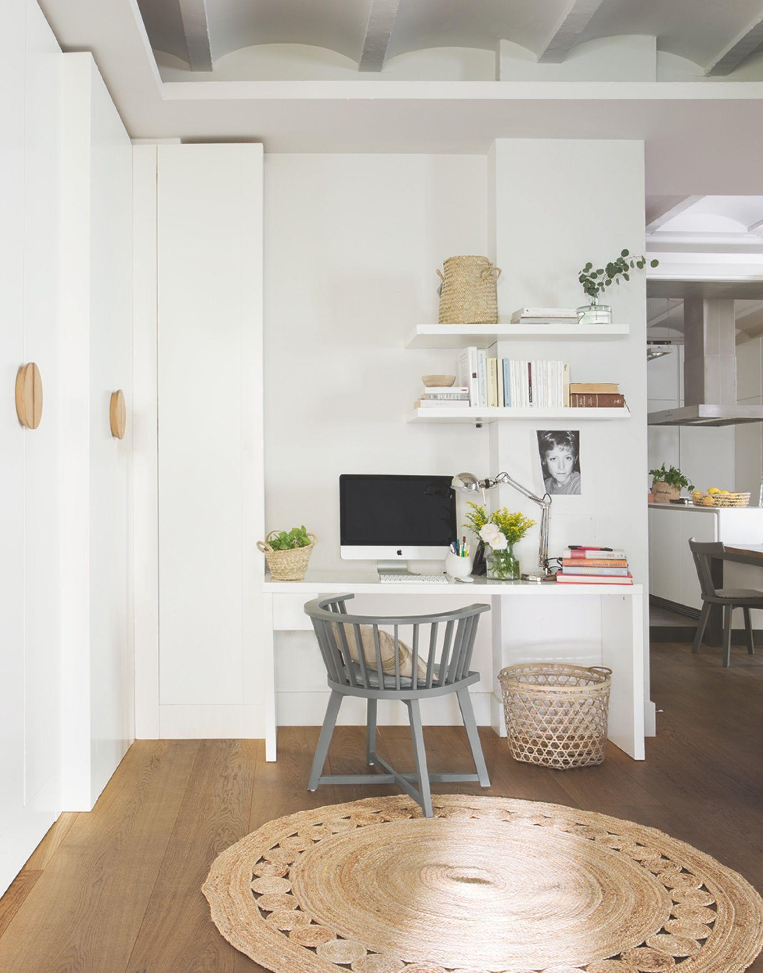 Vivir en un edificio medieval con decoraci n contempor nea for Ideas decoracion escritorio