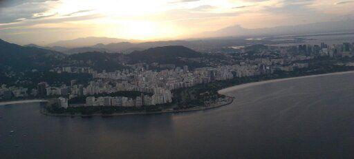 Vista de Botafogo e Flamengo a partir do Pão de Açúcar.