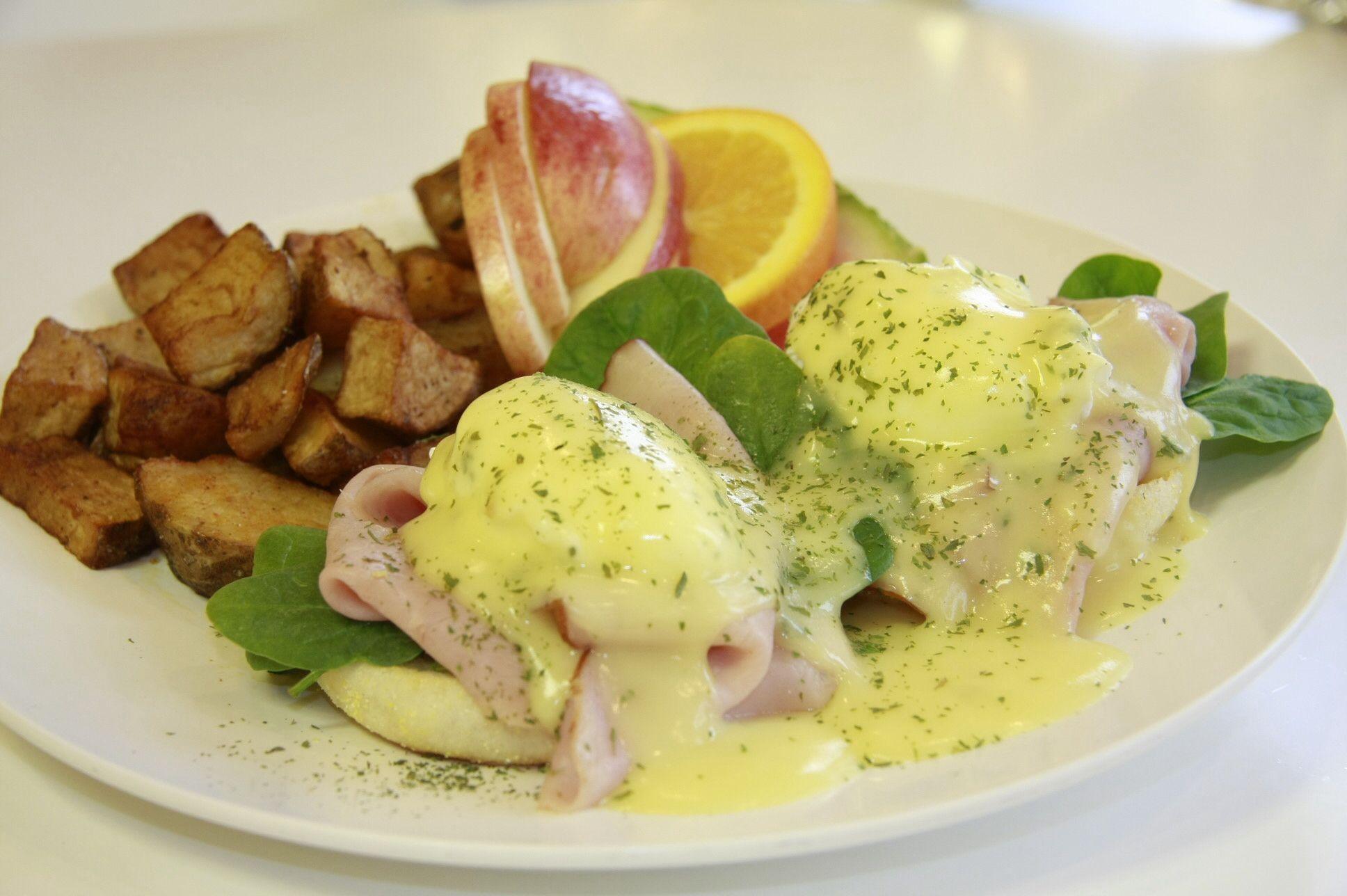 Œufs bénédictine, egg, cafe loca loca,
