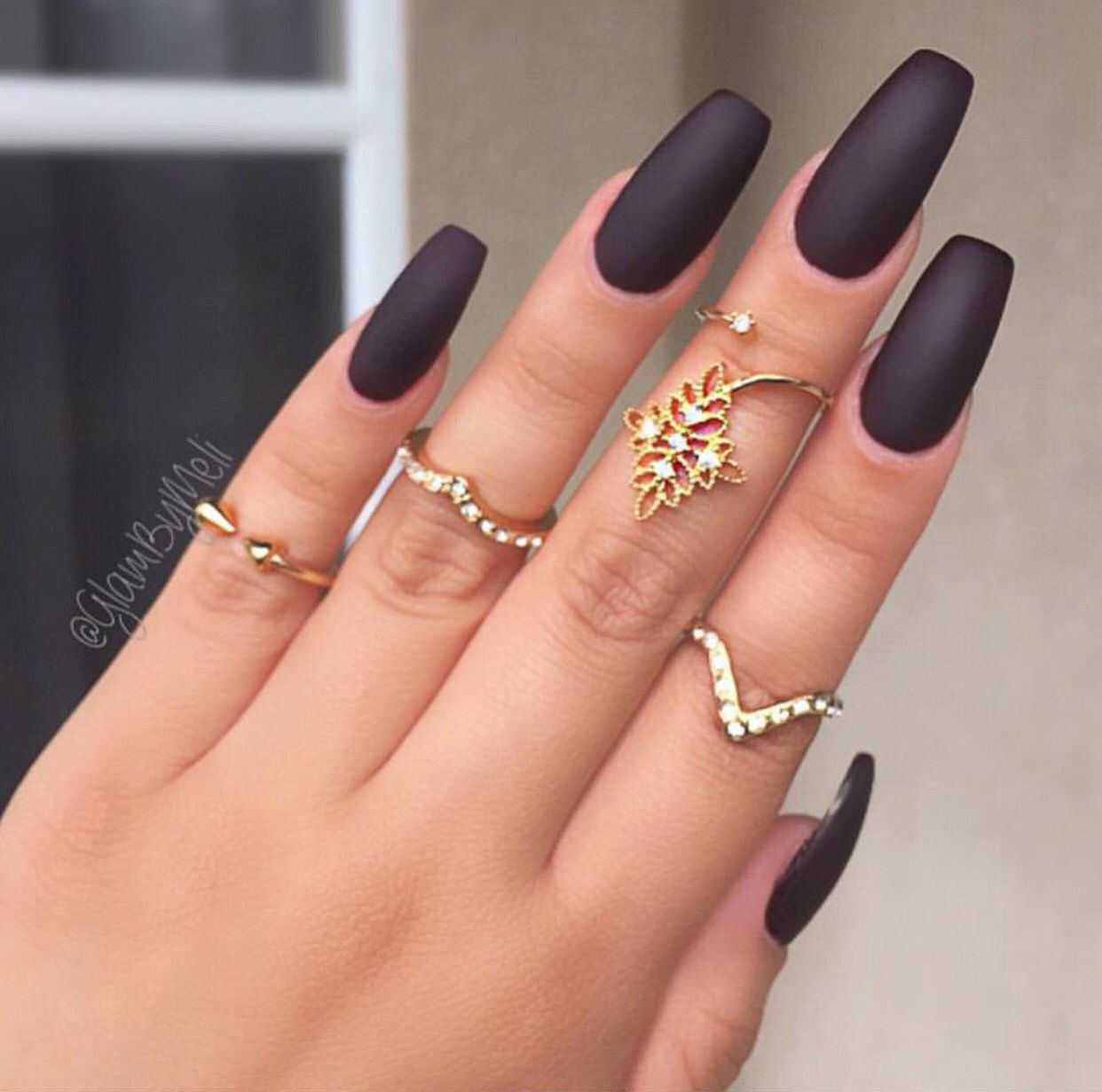 Beautiful black matted nails | Nails | Pinterest