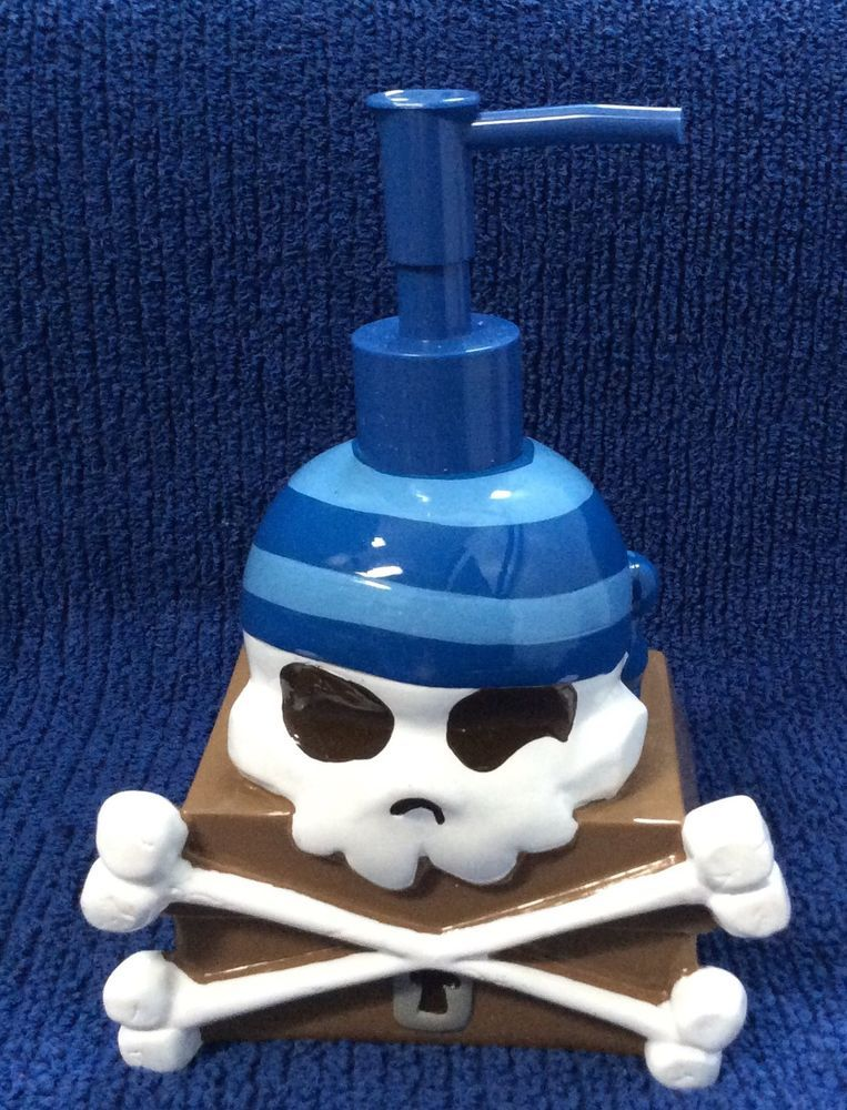 Skull Bathroom Decor: Pirate Bathroom Decor SKULL SOAP DISPENSER Crossbones