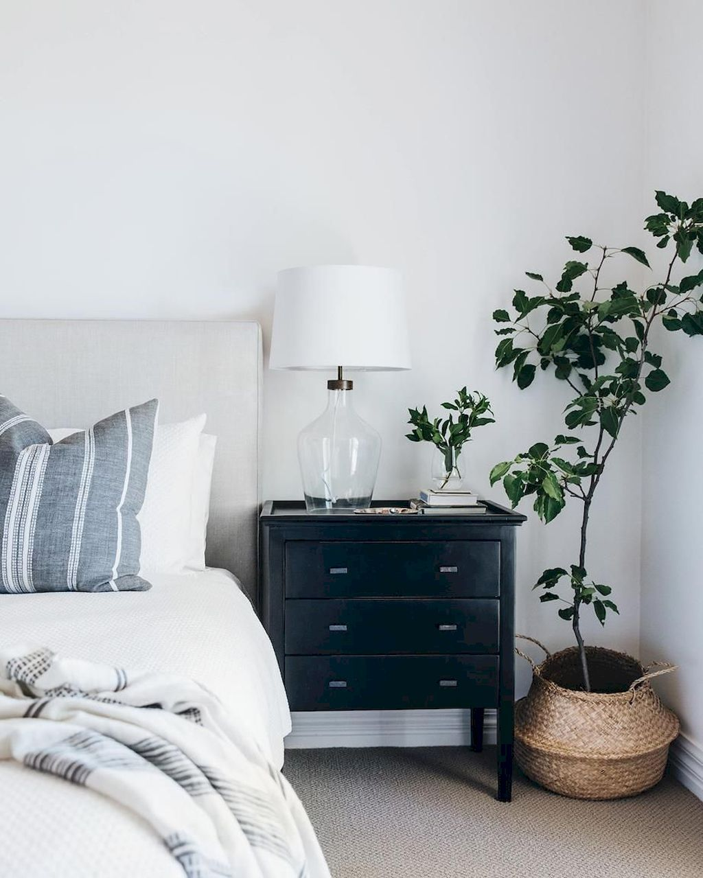 minimalist bedrooms with cheap furniture shairoom also home decor and rh pinterest