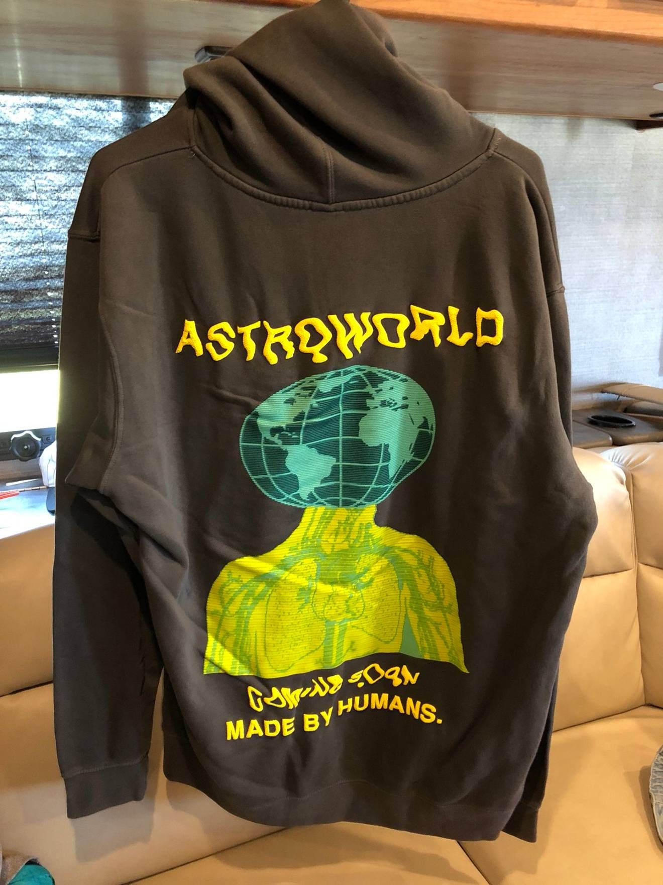 Travis Scott Travis Scott Cactus Jack Astroworld Hoodie Size US M   EU  48-50   2 4a0bf30b4