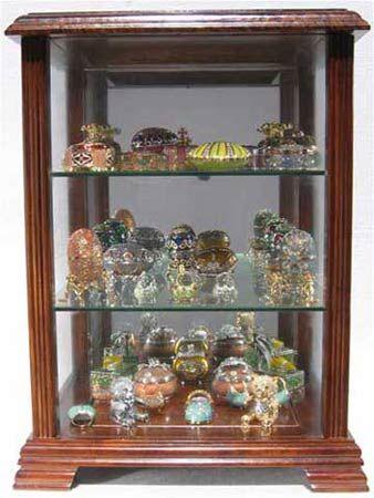 Counter Top Curio Cabinet