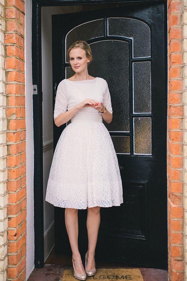 Two Original Vintage Ebay Wedding Dresses For A Low Cost, Elegant ...