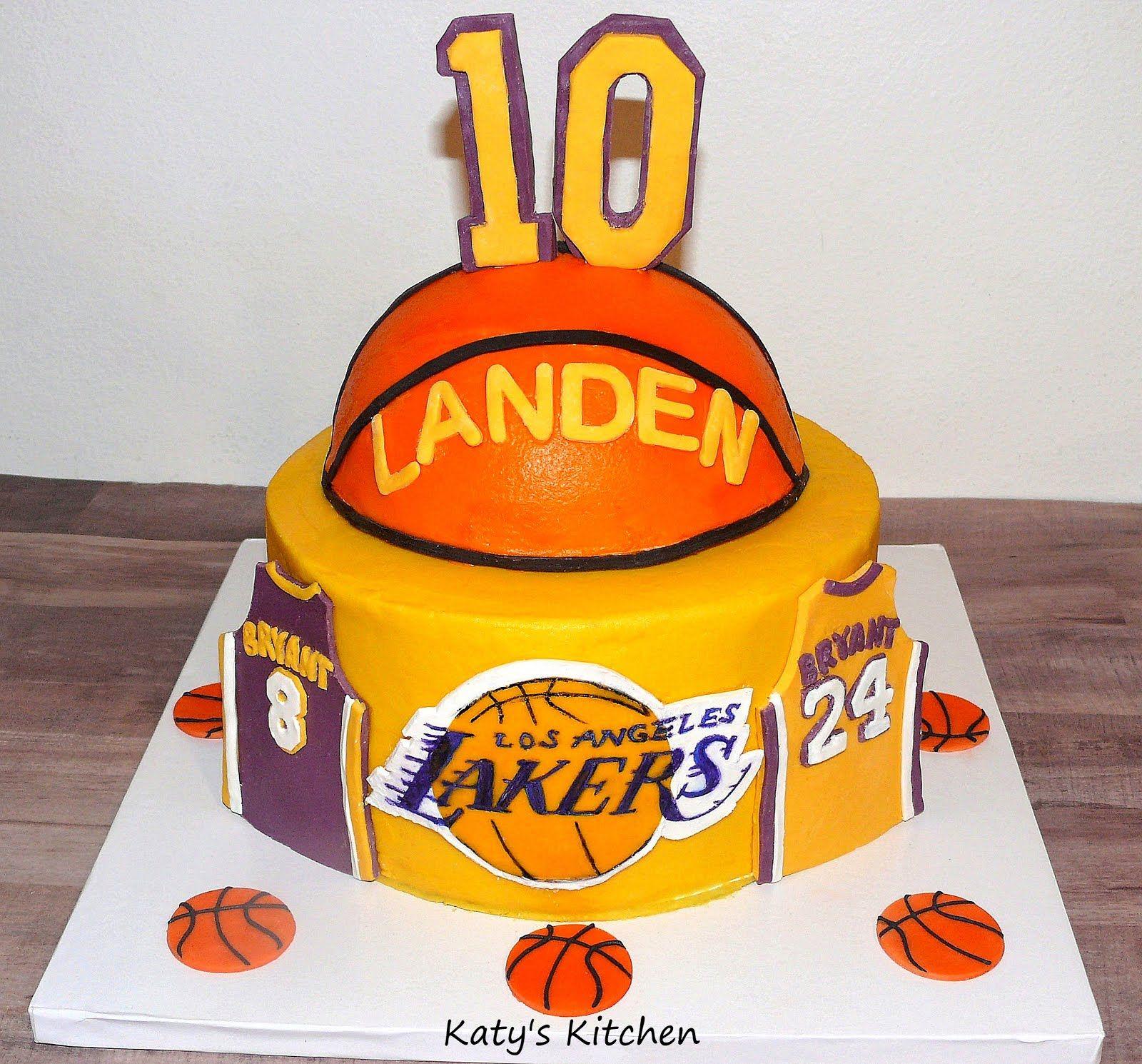 Lakers Basketball Cake in 2020   Basketball cake, Kobe ...
